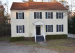 Foreclosed Home in North Chesterfield 23236 5006 LOCKSLEY PL - Property ID: 3904593