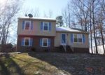 Foreclosed Home in North Chesterfield 23237 9256 LOST FOREST DR - Property ID: 3908054