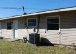Foreclosed Home in Gretna 70056 509 FARMINGTON PL - Property ID: 3913519