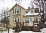 Foreclosed Home in Essexville 48732 402 MARSHALL ST - Property ID: 3913623