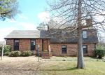 Foreclosed Home in Clinton 39056 411 WINDSOR DR - Property ID: 3926048