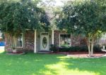 Foreclosed Home in Gonzales 70737 14309 WHISPERING OAKS DR - Property ID: 3930302