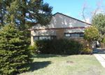 Foreclosed Home in Skokie 60077 5304 HOWARD ST - Property ID: 3940927