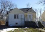 Foreclosed Home in Mount Ephraim 8059 16 REMINGTON AVE - Property ID: 3946855