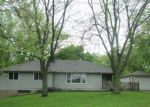 Foreclosed Home in East Moline 61244 3415 DENNHARDT RD - Property ID: 3968971