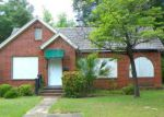 Foreclosed Home in Albany 31701 1009 W 3RD AVE - Property ID: 3977522