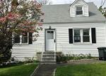 Foreclosed Home in Stamford 6902 22 ROBIN ST - Property ID: 3978405