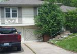 Foreclosed Home in Grandview 64030 11927 ARMITAGE DR - Property ID: 3980014