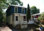 Foreclosed Home in Norwich 6360 13 GILMOUR ST - Property ID: 3983691