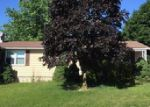 Foreclosed Home in New Oxford 17350 19 PINE LN - Property ID: 3985943