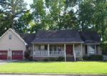 Foreclosed Home in Lumberton 28358 216 STIRLING DR - Property ID: 3986173