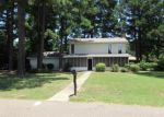 Foreclosed Home in Texarkana 75503 6406 BEL AIR DR - Property ID: 3993132