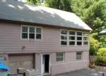 Foreclosed Home in Farmington 6032 28 FAIRVIEW DR - Property ID: 4002369