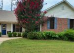 Foreclosed Home in Van Buren 72956 1007 ASPEN AVE - Property ID: 4004481