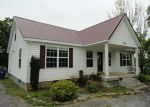 Foreclosed Home in Shelbyville 37160 826 S CANNON BLVD - Property ID: 4010412
