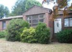 Foreclosed Home in Cranston 2920 82 VALENTE DR - Property ID: 4010462