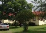 Foreclosed Home in Floresville 78114 65 BUTTER CUP LN - Property ID: 4013397