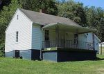 Foreclosed Home in Clarksville 15322 75 GREENE ST - Property ID: 4013542
