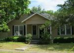 Foreclosed Home in Gonzales 78629 504 SAINT MICHAEL ST - Property ID: 4014097