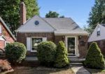 Foreclosed Home in Dearborn 48124 22725 OLMSTEAD ST - Property ID: 4014945
