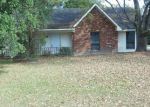 Foreclosed Home in Baker 70714 13850 FELICITY DR - Property ID: 4015178