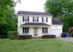 Foreclosed Home in Sanford 27330 156 BROOKFIELD CIR - Property ID: 4015667