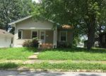 Foreclosed Home in Murphysboro 62966 1308 MAPLE ST - Property ID: 4016025