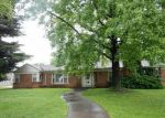 Foreclosed Home in Du Quoin 62832 342 N WASHINGTON ST - Property ID: 4016108