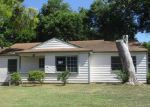 Foreclosed Home in Arlington 76010 1507 BIGGS TER - Property ID: 4018179