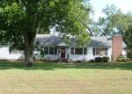 Foreclosed Home in Ashburn 31714 200 W END AVE - Property ID: 4019614