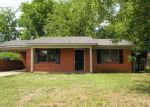 Foreclosed Home in Decatur 35601 705 WALNUT ST NW - Property ID: 4020038