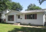 Foreclosed Home in Davenport 52804 2635 N ELSIE AVE - Property ID: 4020207