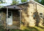 Foreclosed Home in Centerville 37033 3901 HIGHWAY 100 W - Property ID: 4020889