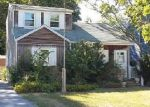 Foreclosed Home in Patchogue 11772 34 LOUIS AVE - Property ID: 4023525
