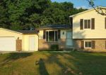 Foreclosed Home in Lapeer 48446 2448 SAVAGE DR - Property ID: 4024251