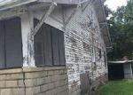 Foreclosed Home in Du Quoin 62832 515 N VINE ST - Property ID: 4026139
