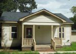 Foreclosed Home in Brenham 77833 203 S DIXIE ST - Property ID: 4027077