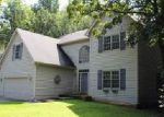Foreclosed Home in Crystal Lake 60012 413 KELLY LN - Property ID: 4029610