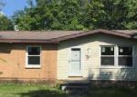 Foreclosed Home in Carbondale 62901 1307 N WALL ST - Property ID: 4030271