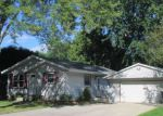 Foreclosed Home in Watertown 53098 905 EDGEWATER CT - Property ID: 4031491