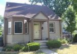Foreclosed Home in Lincoln Park 48146 1984 REGINA AVE - Property ID: 4031860