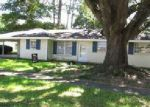 Foreclosed Home in Raceland 70394 307 HOSPITAL DR - Property ID: 4032038