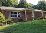 Foreclosed Home in Lebanon 40033 224 MILLER PIKE - Property ID: 4032052