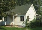 Foreclosed Home in Morrisonville 62546 103 W 1ST ST - Property ID: 4032148