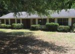 Foreclosed Home in Crestview 32539 1208 VALLEY RD - Property ID: 4032587