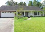 Foreclosed Home in Silsbee 77656 6432 HARRISON RD - Property ID: 4035448