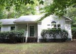 Foreclosed Home in Palmyra 22963 47 RIVERSIDE DR - Property ID: 4036426