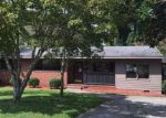 Foreclosed Home in Williamston 27892 900 HYLAND AVE - Property ID: 4037180