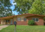 Foreclosed Home in Arlington 76010 2105 REEVER ST - Property ID: 4038250
