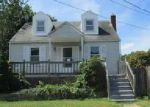 Foreclosed Home in Essex 21221 312 SASSAFRAS RD - Property ID: 4039185